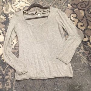 Super soft gray long sleeve sweater - 🍌Republic